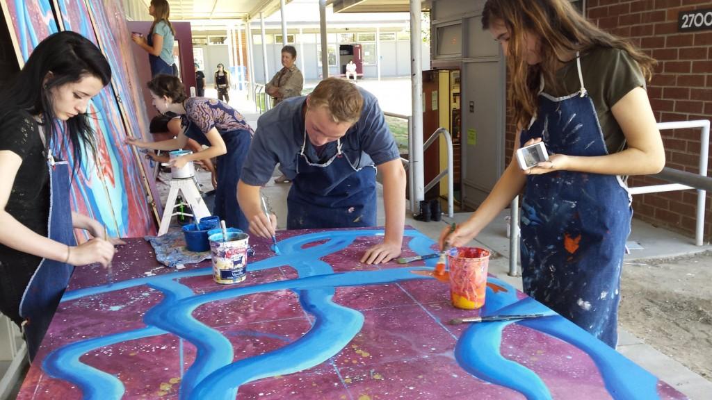 Dan Sara painting